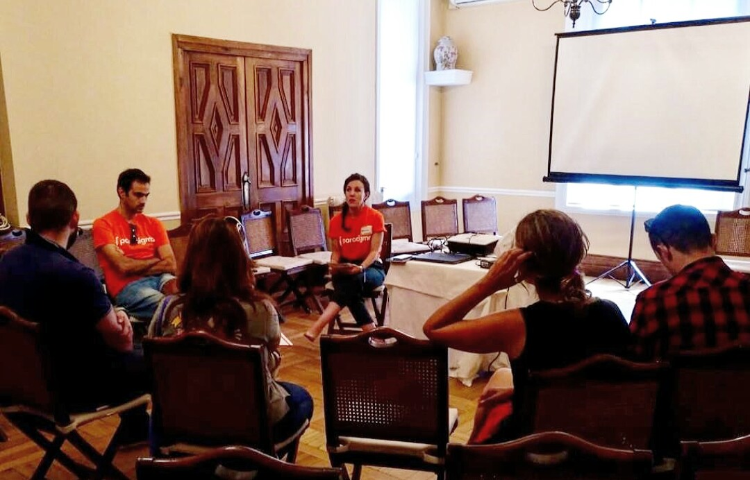 Charla de Fátima Casaú, Agile Coach en Paradigma